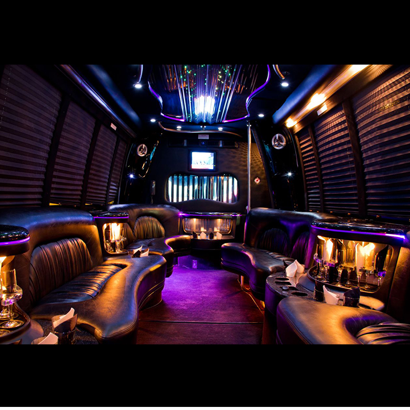 limo_bus_0002s_0008_Stretch-Limo-Bus-Black1